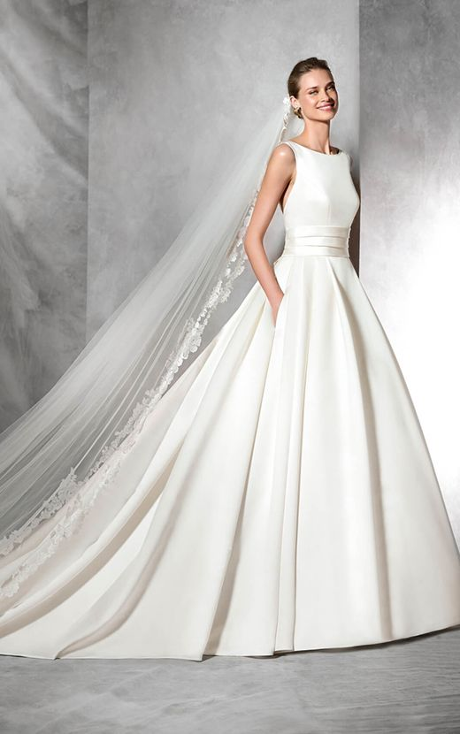 TAMI - Pronovias wedding gowns are renowned for their classic ...