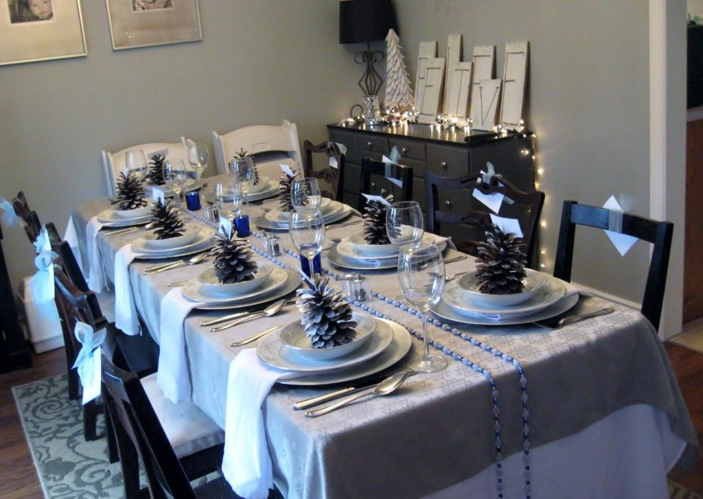 Chanukah Tablescape NUN GIMMEL HAY SHIN Pinterest - Decorating dining room christmas white silver christmas palette