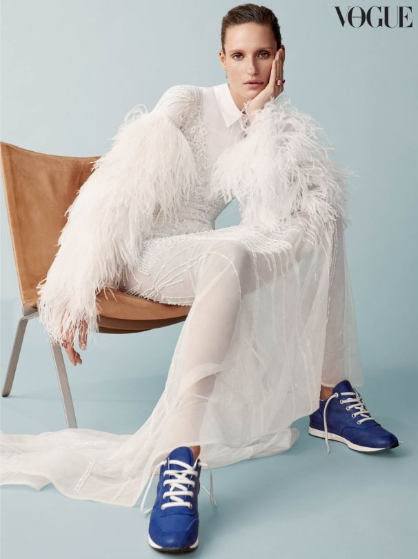 Season staples: 8 ways to wear the classic white shirt