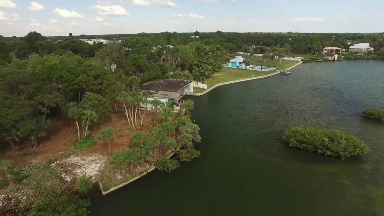 Waterfront Real Estate For Sale In Englewood Fl 1490 Homestead Dr
