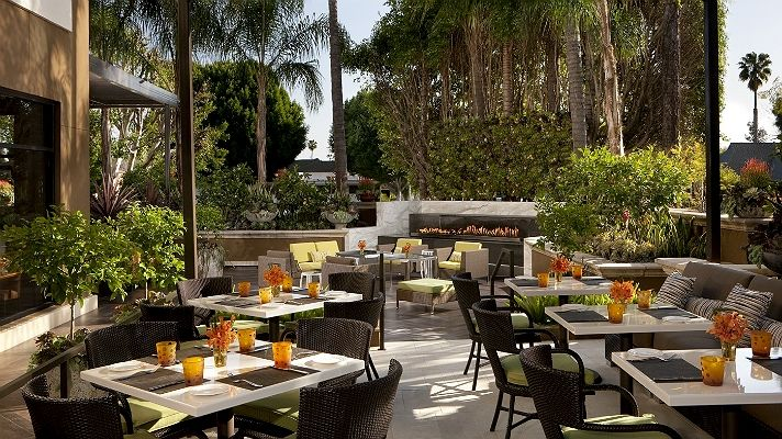 Top 10 Los Angeles Restaurants To Spot A Celebrity Discover