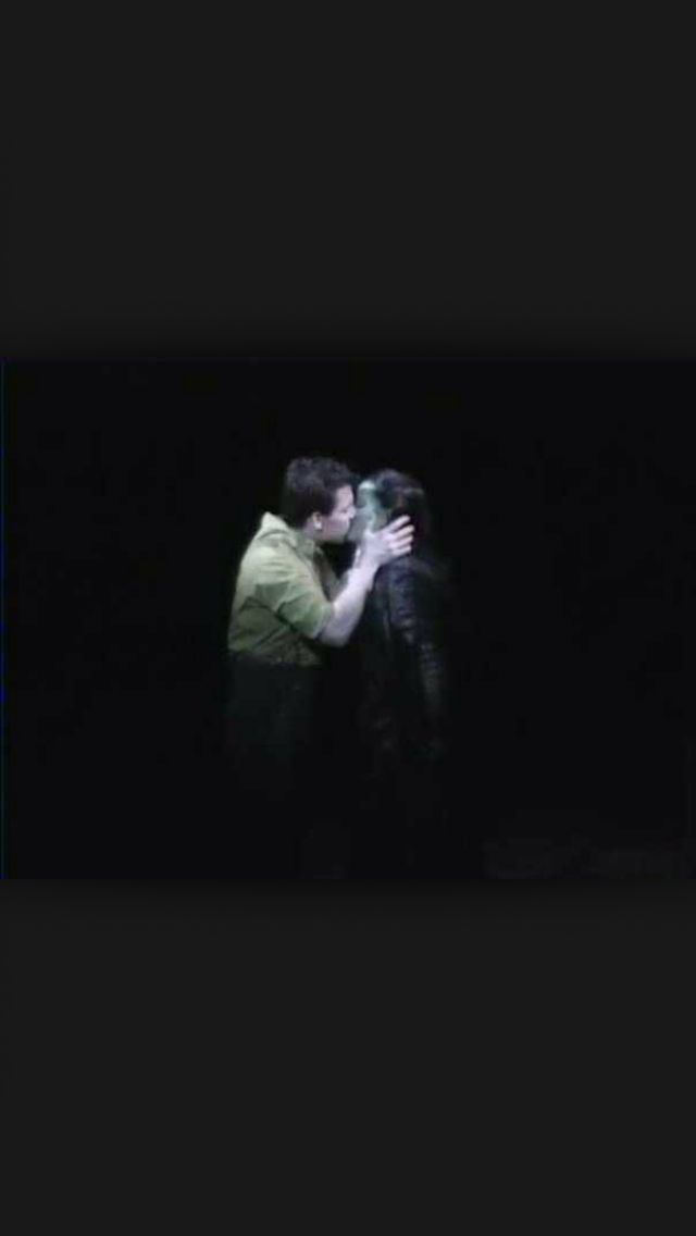 Elphaba And Fiyero Kiss Wicked Pinterest Wicked Kiss And Musicals