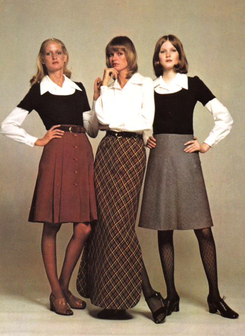 444851a22 Vintage Fashions, 1970s | 60's - 70's STYLE in 2019 | Fashion, 70s ...