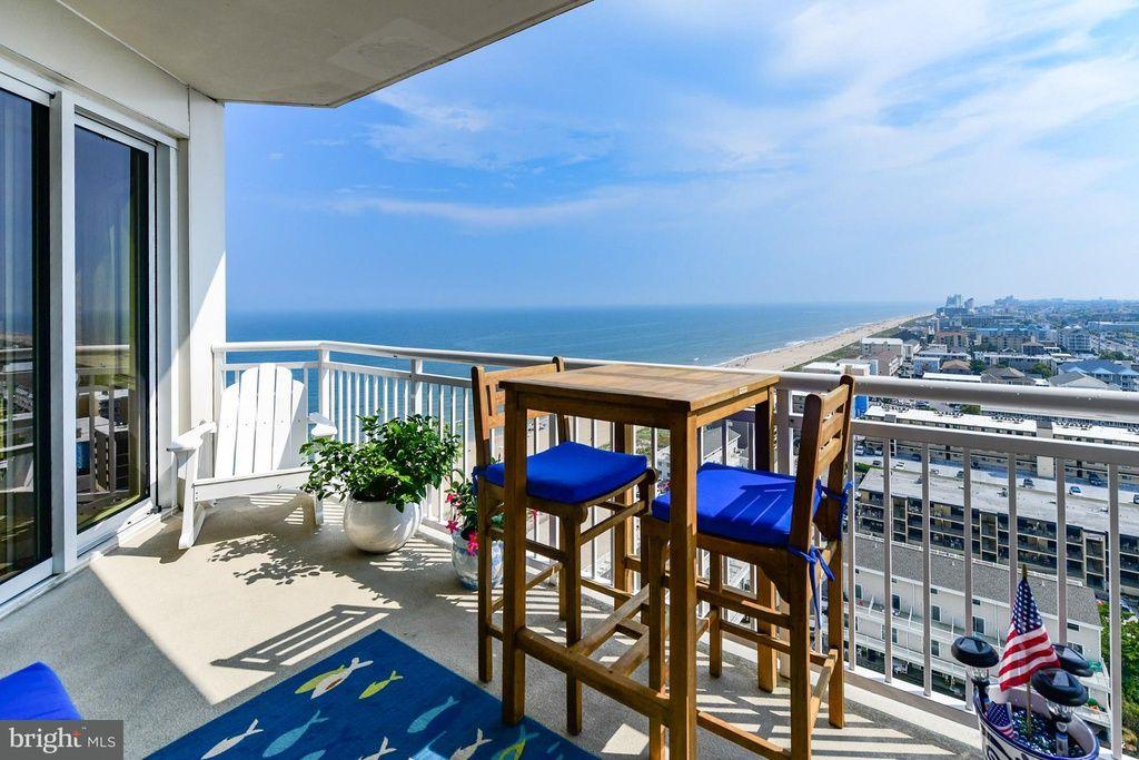 2 48th St Unit 1603 Ocean City Md 21842 Mls 1003241926 Zillow Ocean City Ocean City Md Outdoor Furniture Sets