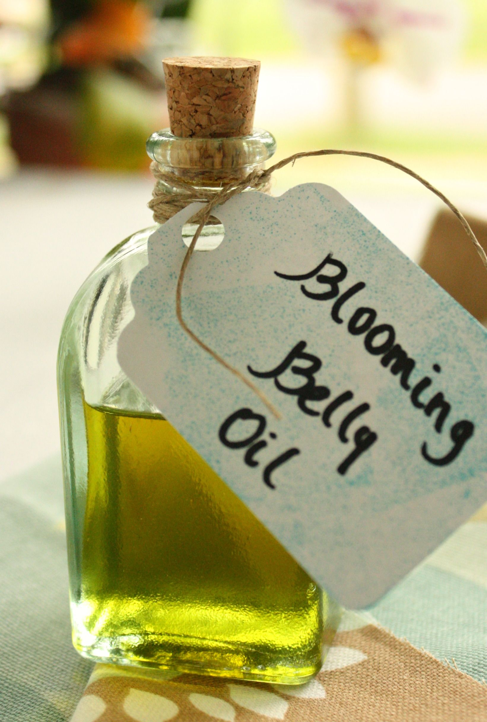 DIY Blooming Belly Oil for Stretch Marks {Recipe} Belly