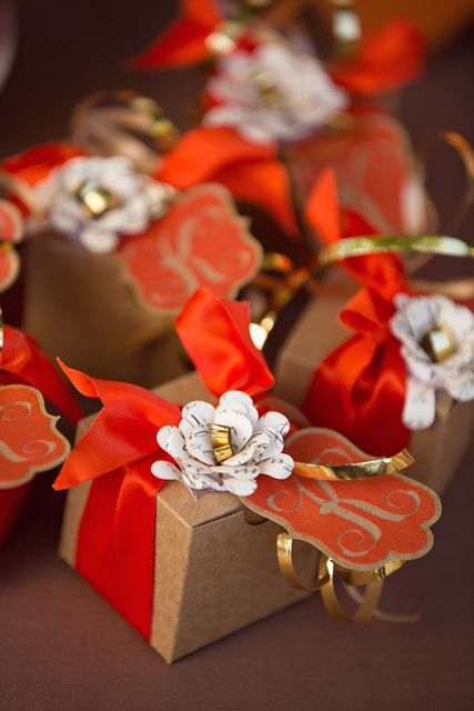 Fall Wedding Favor Boxes From A Cupcake With Character Photo Shoot