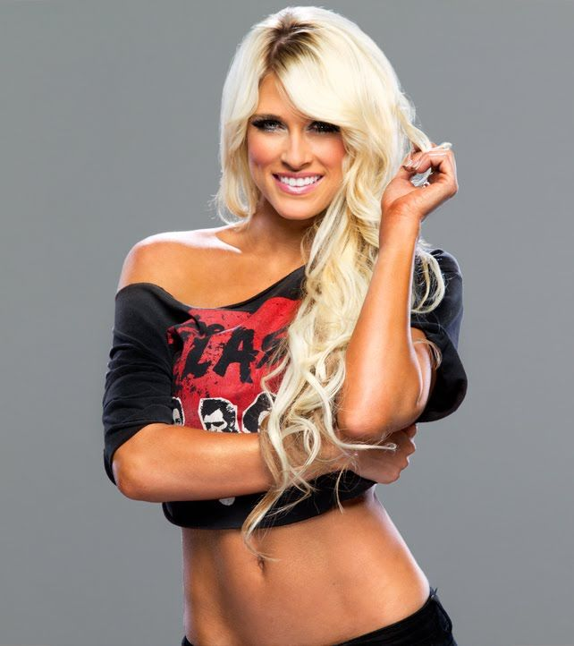 kelly Wwe kelly diva
