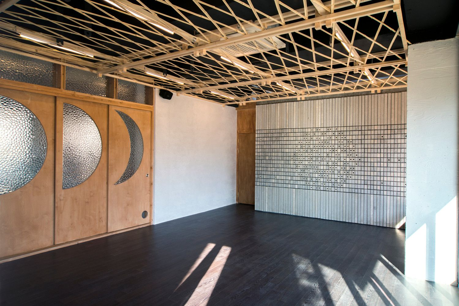 Gallery of Irim Yoga Studio & Cafe / Foam Architects  - 4