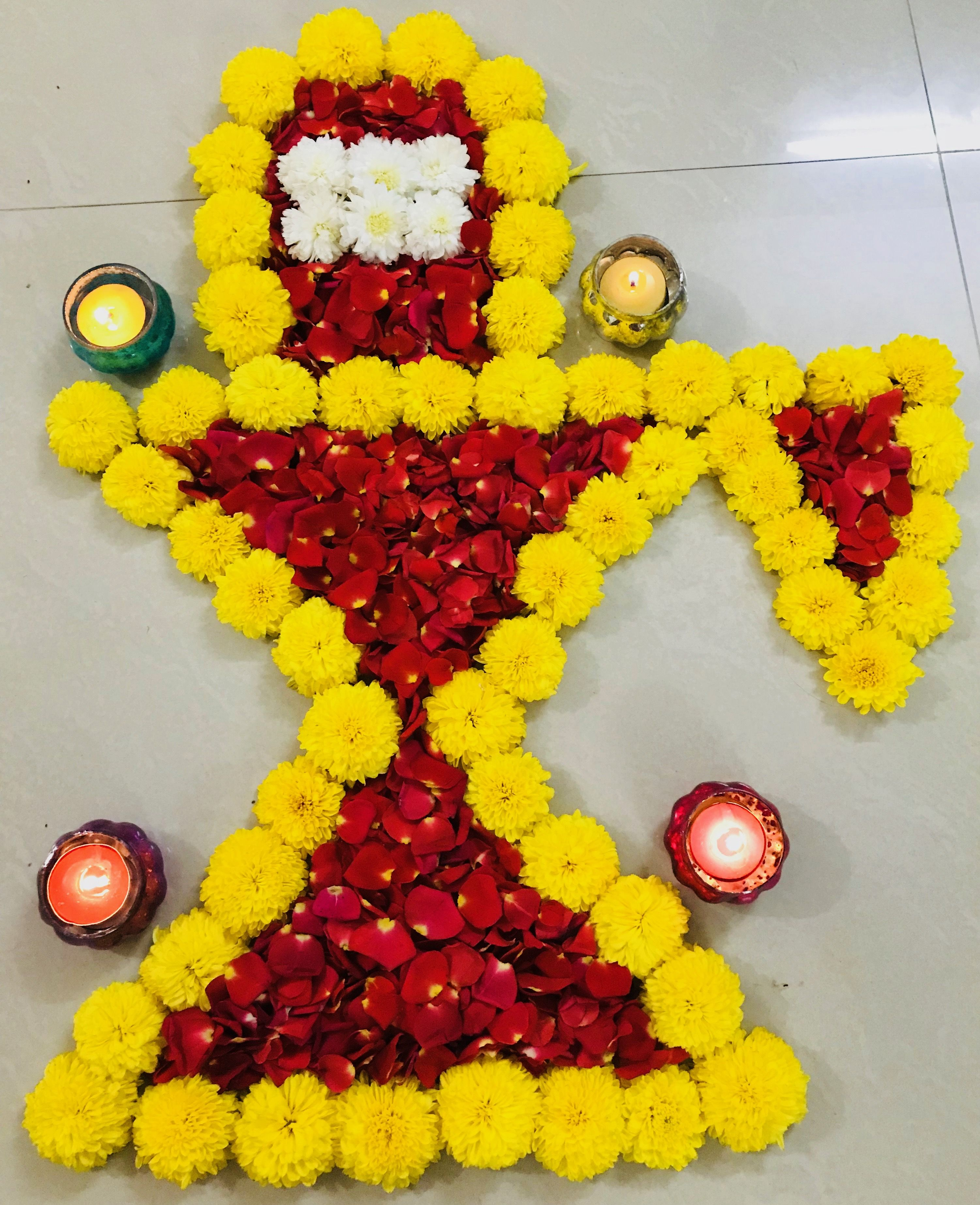 Lord Shivling Made Of Beautiful Flowers Decorations Pinterest