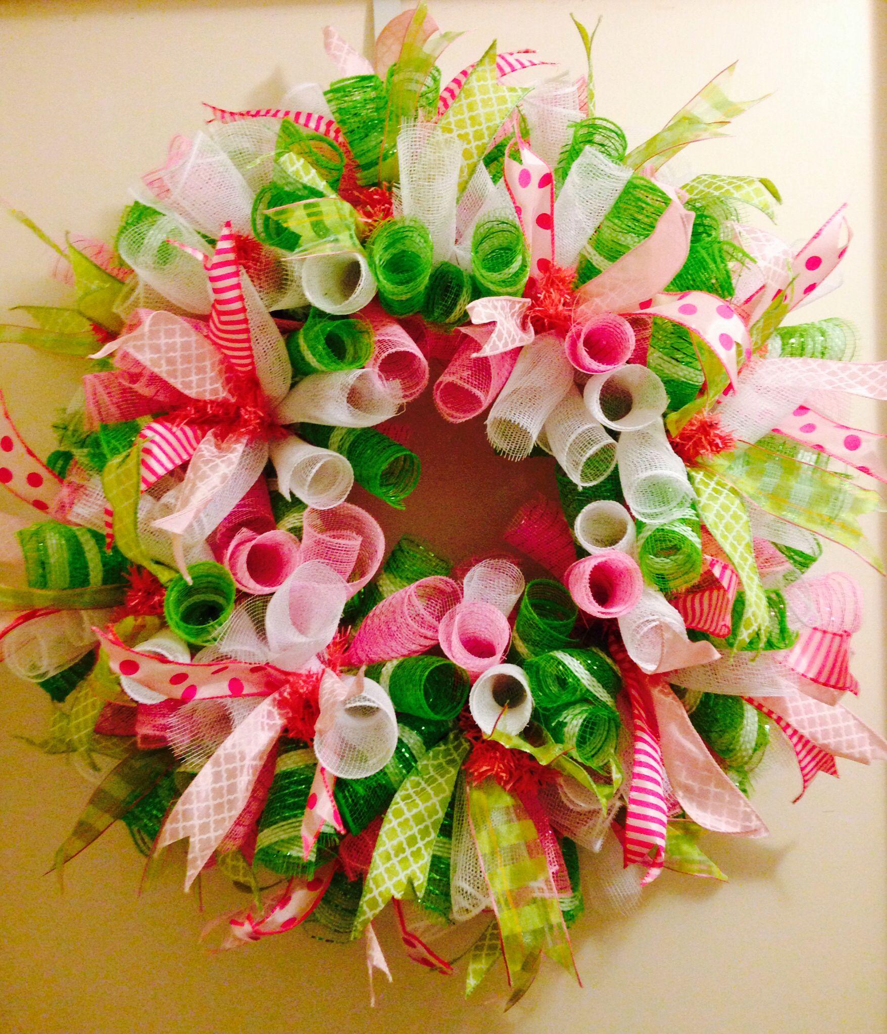 Springtime curly q deco mesh wreath!