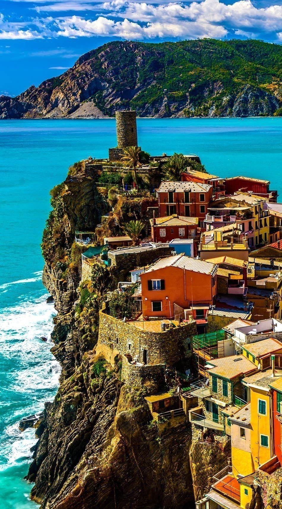 Vernazza, Cinque Terre | Italy Travel Guide