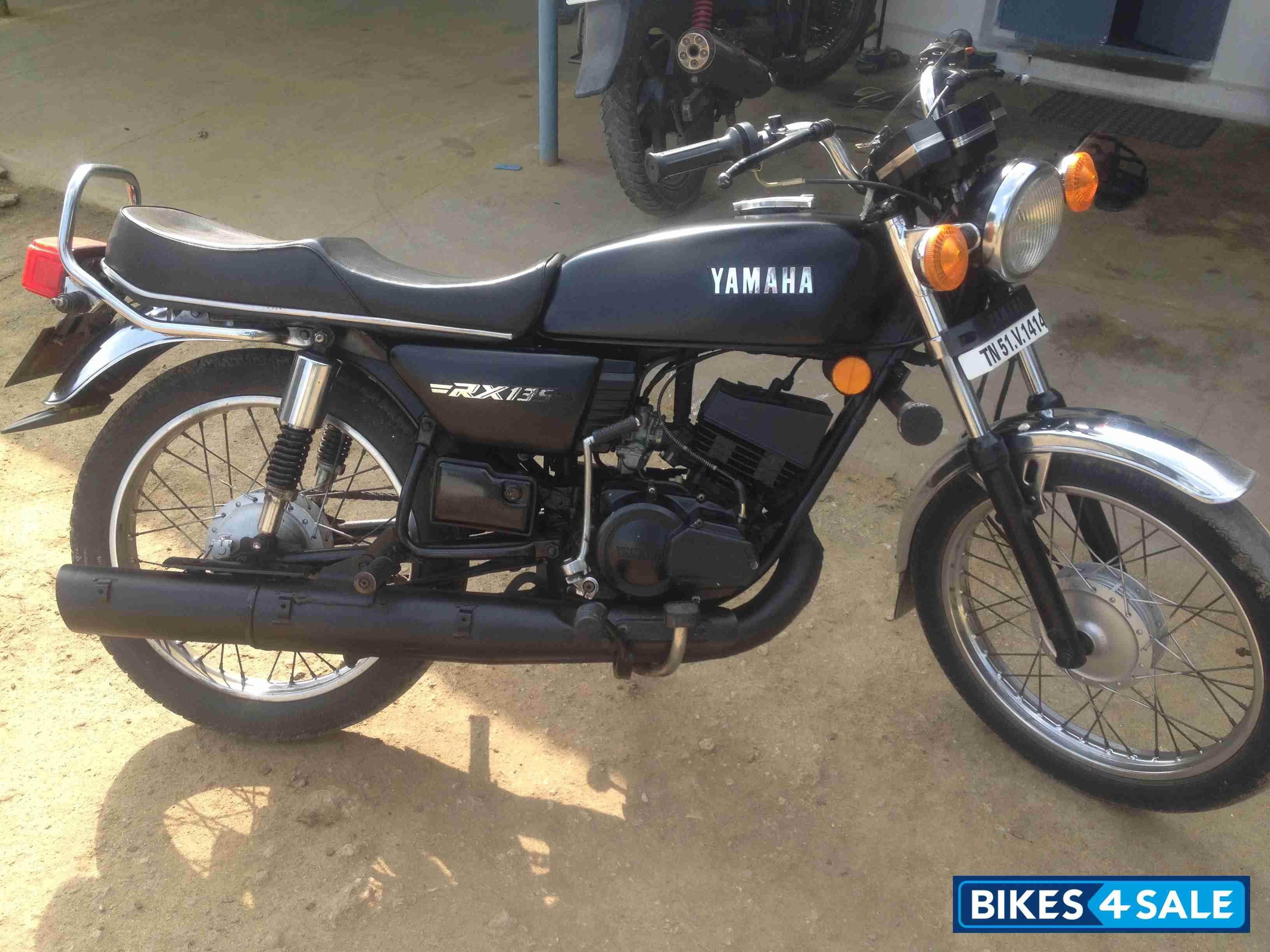 Black Yamaha Rx 135 Yamaha Rx 135 Yamaha Rx100 Yamaha