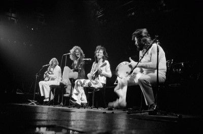Led Zeppelin Acoustic Set Onstage, 1977 | Zep Stage