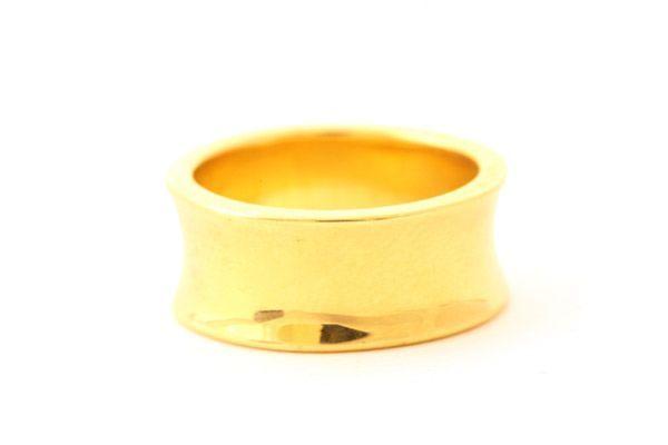Diana Kim England Goldsmiths - Nantucket, Massachusetts : Rings : Gold : Checkerboard Cut Tanzanite Ring in 18k Gold with Diamonds