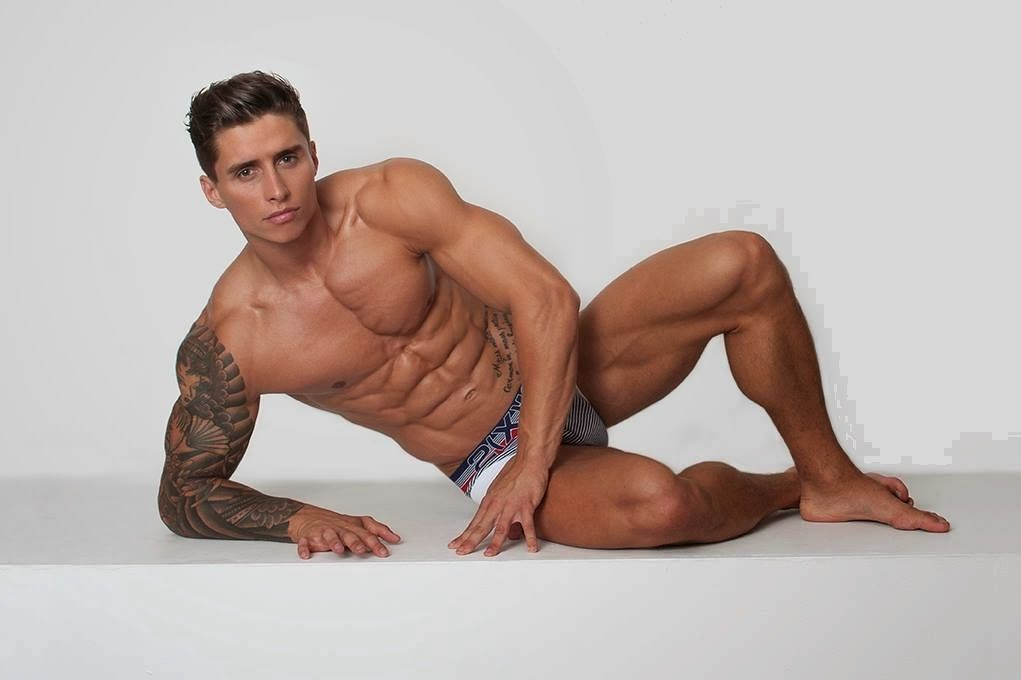 Adi Gillespie Body Poses Men S Health Fitness