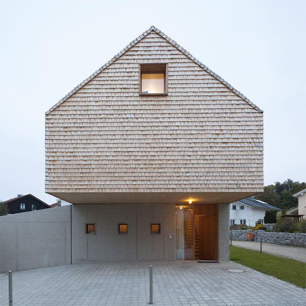 Moderne fassaden einfamilienhäuser satteldach  Schwarze Doppelung | Schwarzer, Architektur und Fassaden