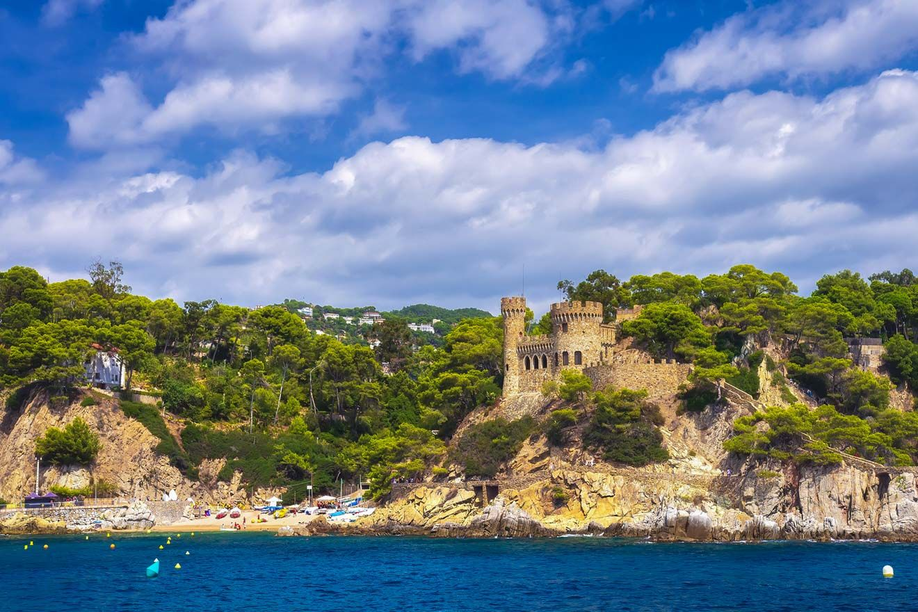 10 Unmissable Things To Do In Lloret De Mar Spain Beach