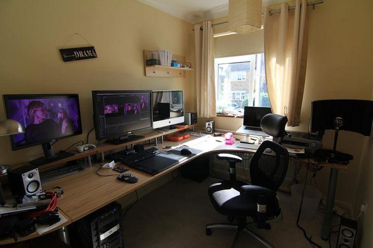 Double Desk Gaming Buscar Con Google Computer Desk Design Gaming Computer Desk Computer Room
