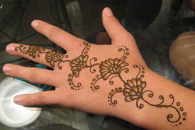 Simple Arabic Mehndi Designs For Kids