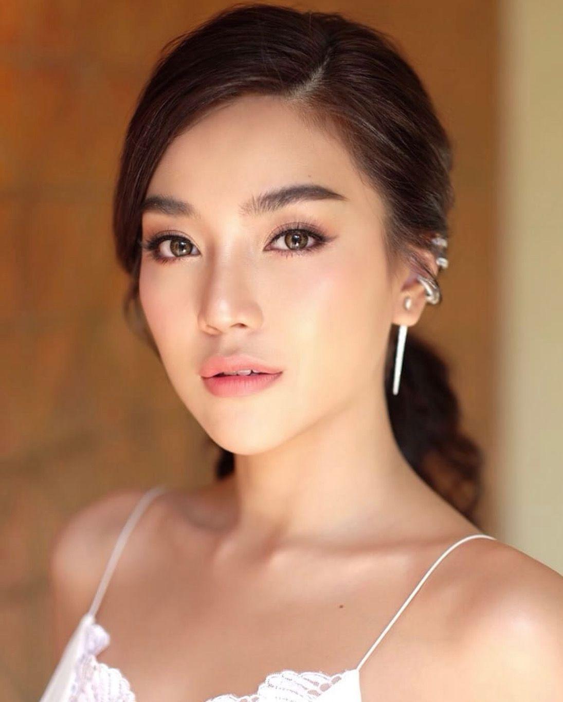 Asian makeup, natural makeup, flawless makeup, skincare, hooded