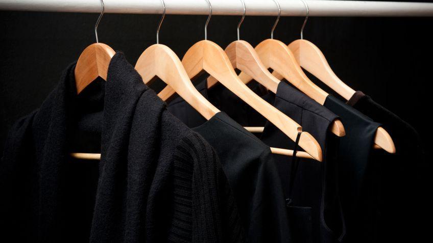 f07317d0dcac7 Tu ropa negra siempre negra Casa Limpia