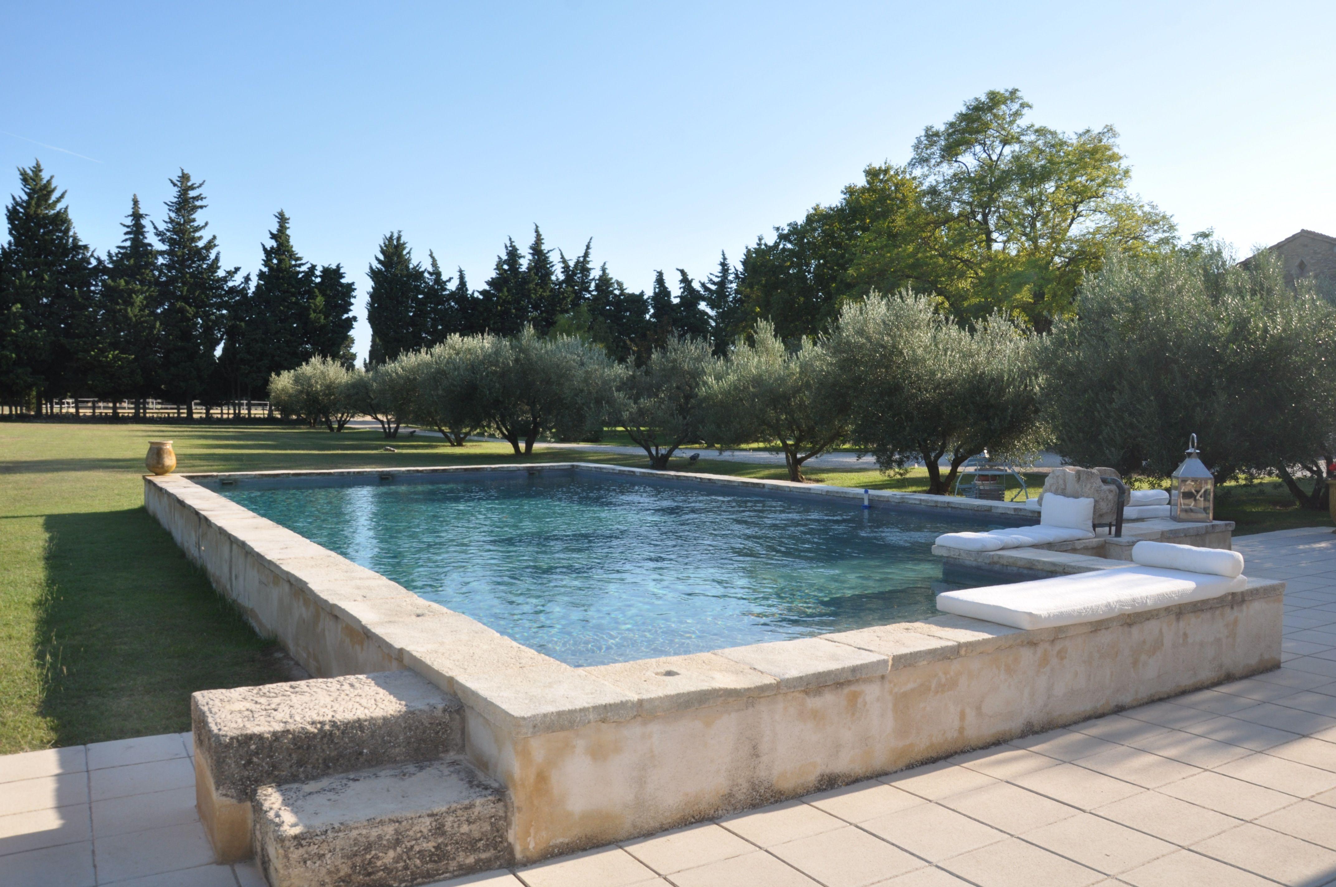 Immobilier de prestige immobilier de luxe immobilier de for Provence piscine