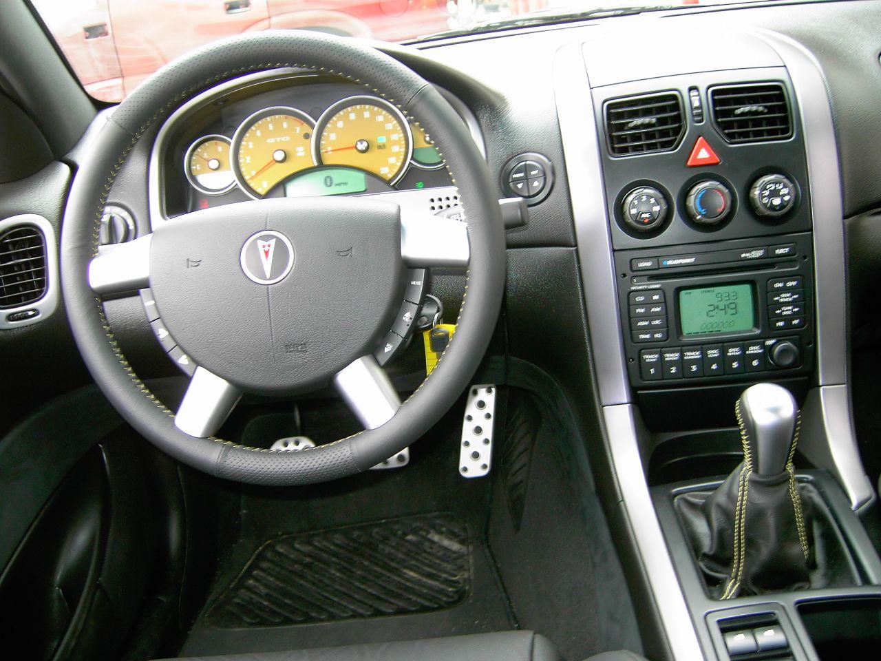 2004 Pontiac GTO dashboard Australian cars, Pontiac gto