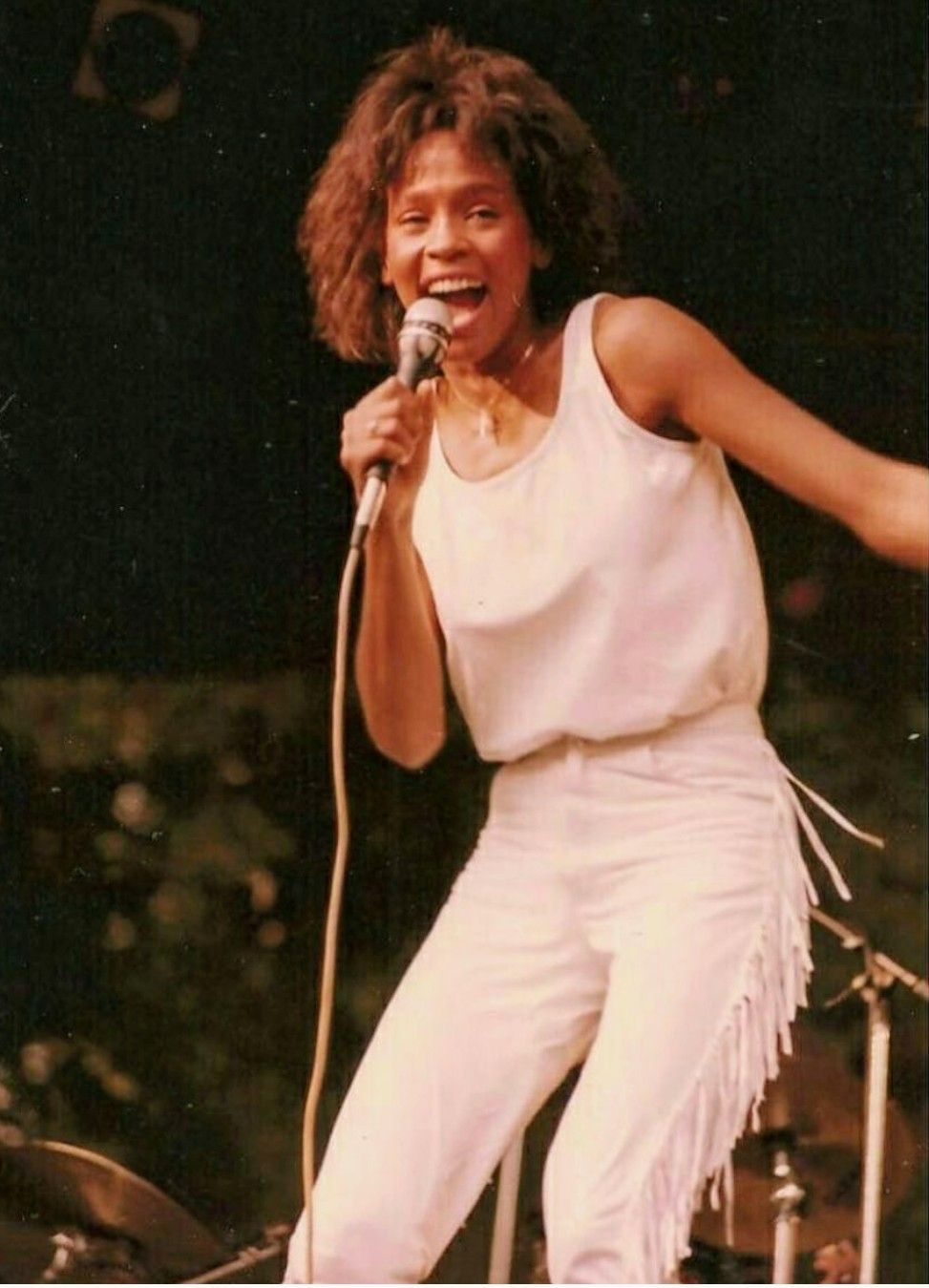 Pin by Cherelle Peterson on WHITNEY Her life in pictures