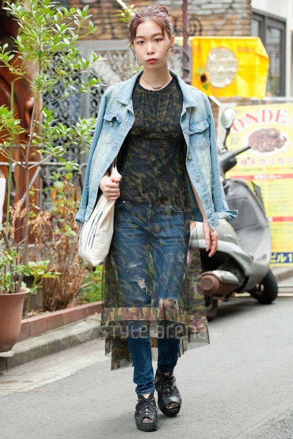 sheer dress over jeans magical street tokyo street. Black Bedroom Furniture Sets. Home Design Ideas