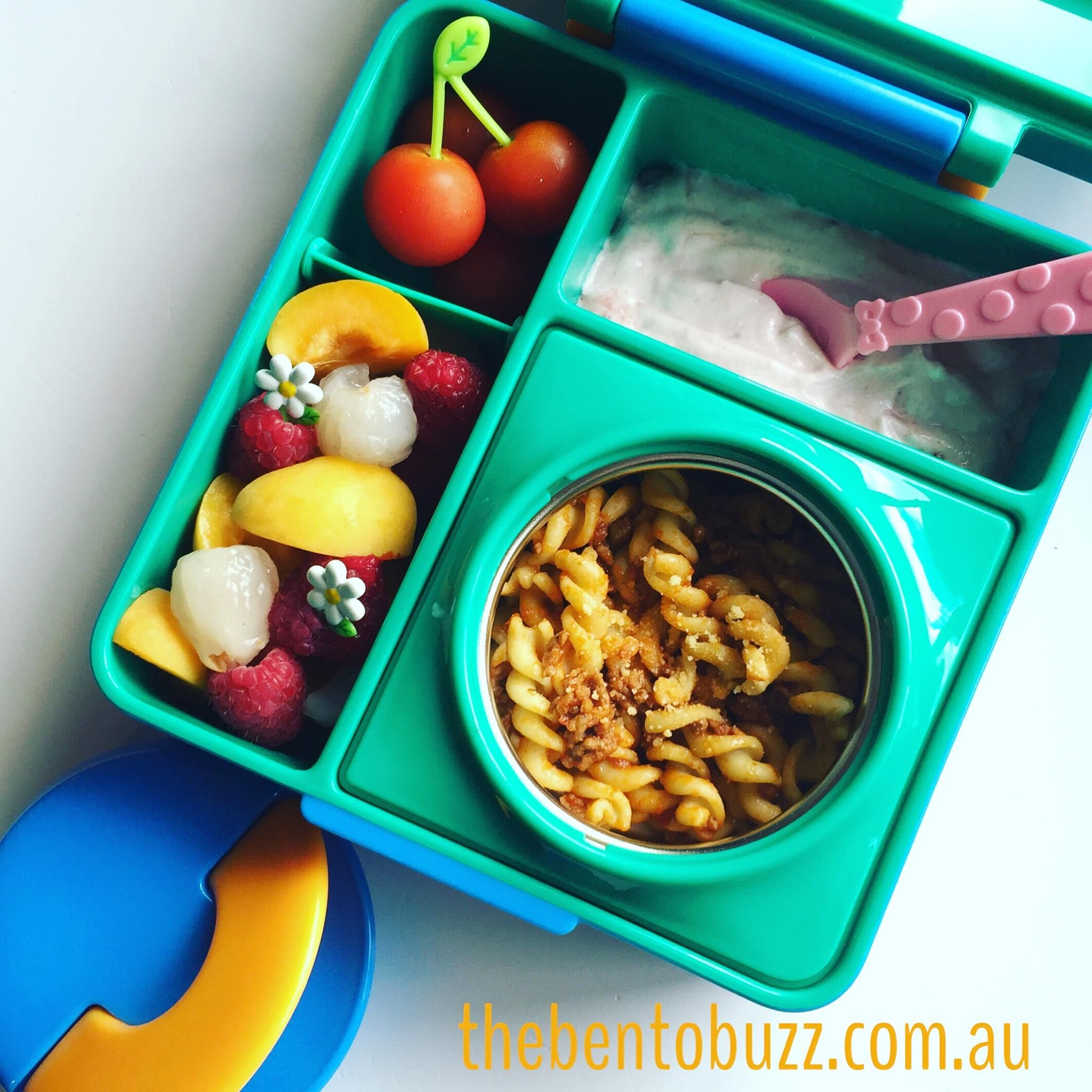 The Only Lunchbox Where You Can Pack Hot And Cold Food