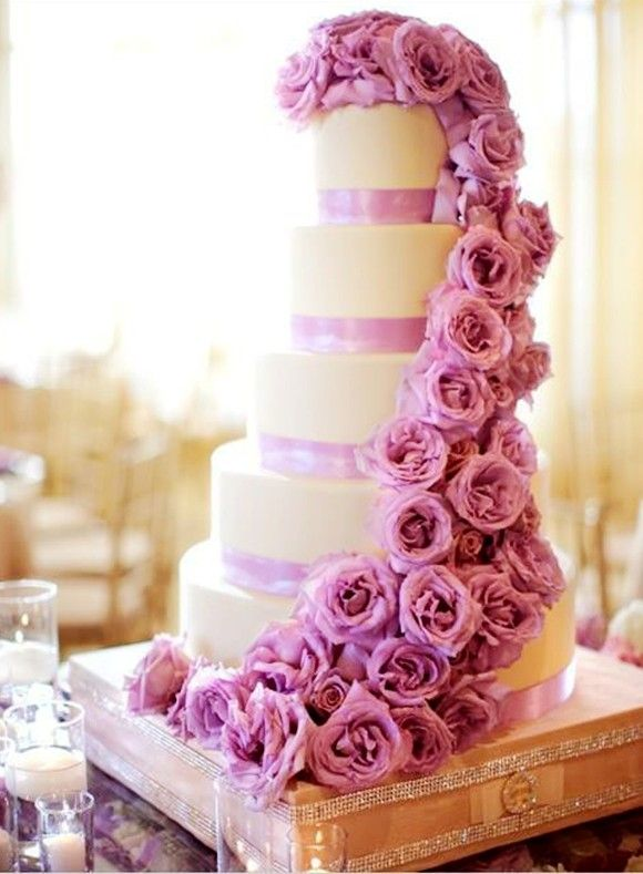 Purple Rose Cake I Want This For My Wedding