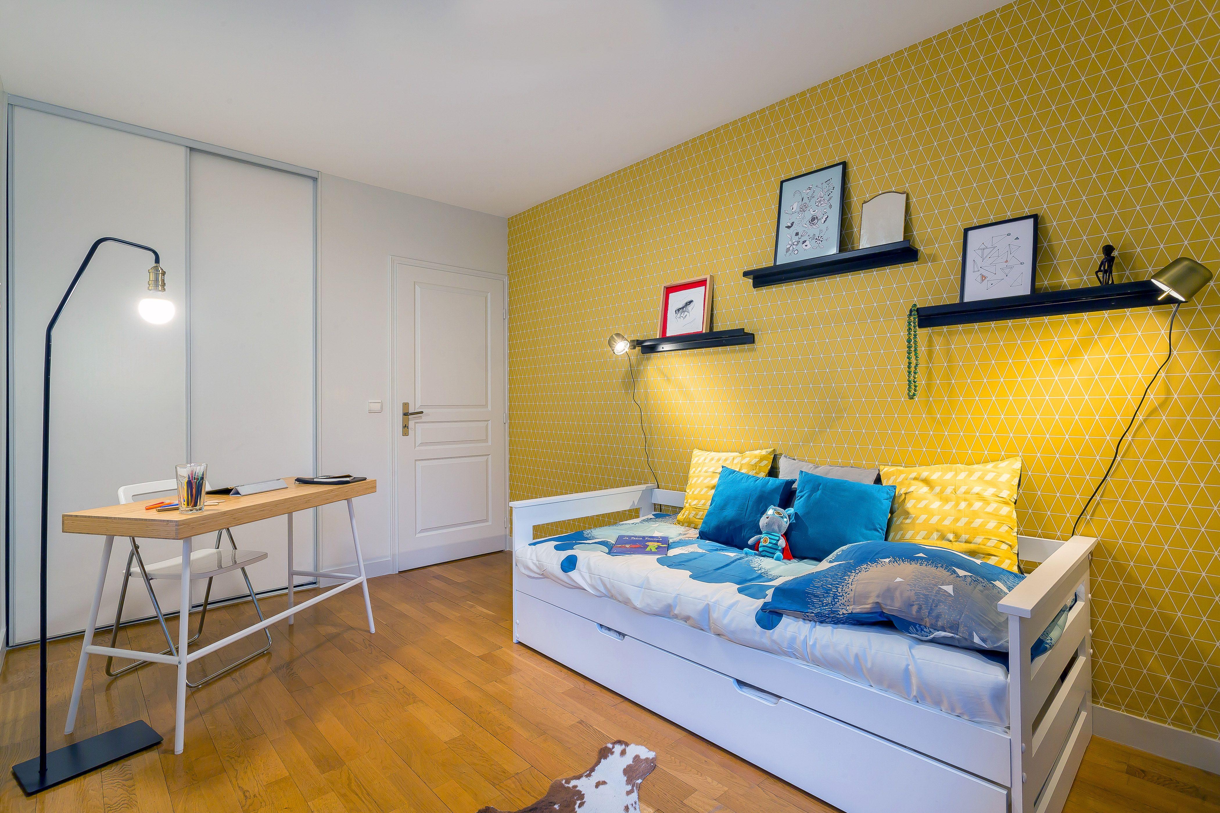 Un appartement vintage à Lyon #chambre #enfant #CielDeLit #vert ...