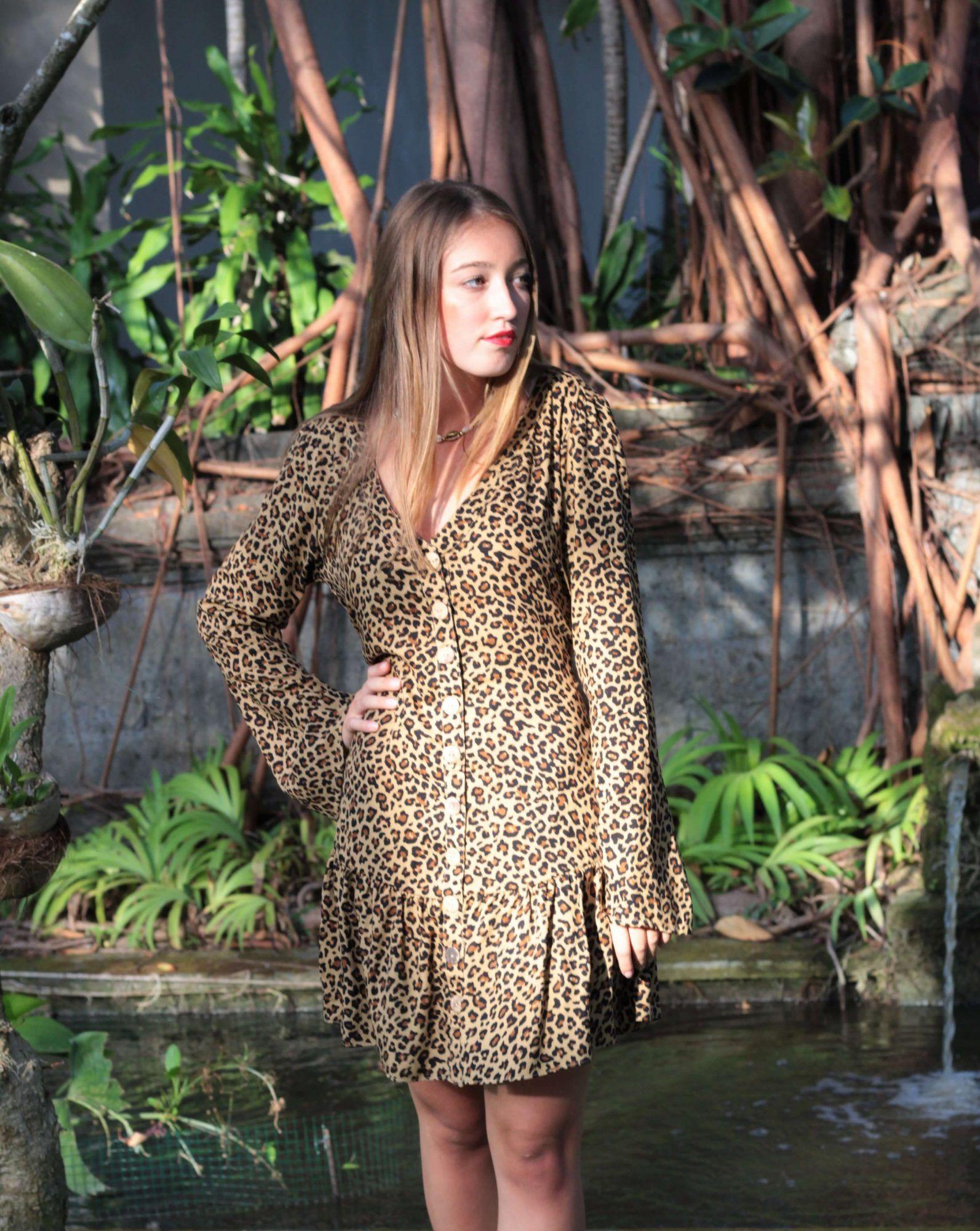 Leoparden-Kleid kurz - Boho Kleid kurz im Leo Print mit langen