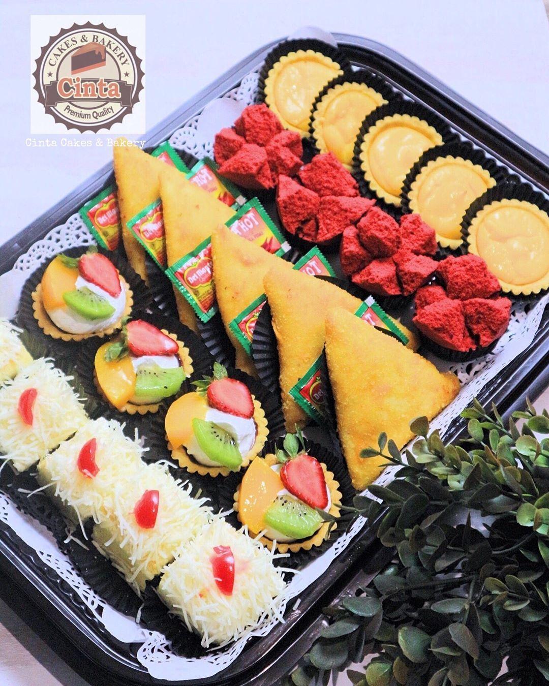 Cinta Cakes Bakery Bjonegoro Di Instagram Kue Nampan Made By Order Info Order Wa Sms 085330321090 Bbm 58283 Makanan Dan Minuman Makanan Nampan