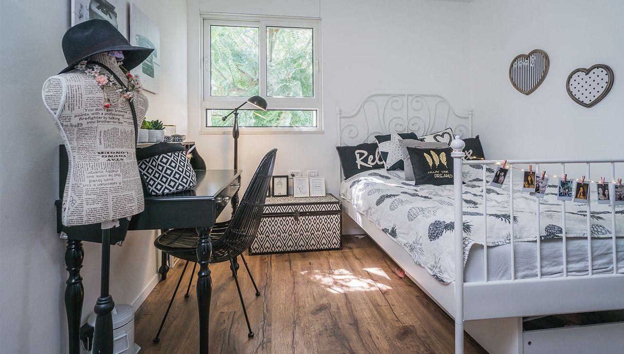 בתים יפים שחזרו את דירתם הניו יורקית בבית בשרון Home Decor Toddler Bed Home
