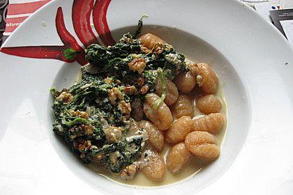 Gnocchi con Gorgonzola, Spinatci e arrosto noce (Rezept mit Bild) | Chefkoch.de