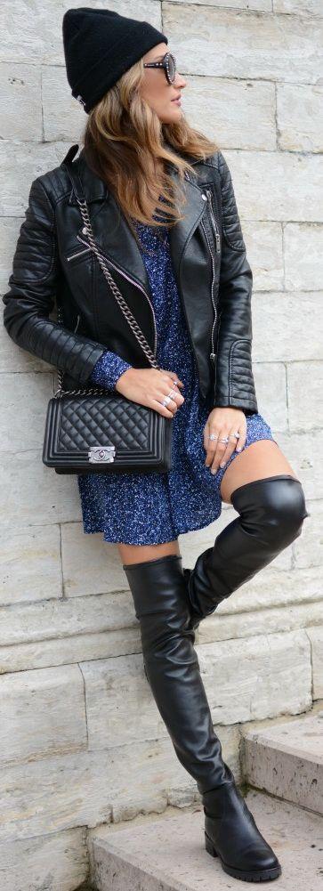 Dress: AMERICAN VINTAGE – Jacket: ZARA – Bag: CHANEL – Sunglasses: PRADA – Boots: LA POMME DE LOVELEY