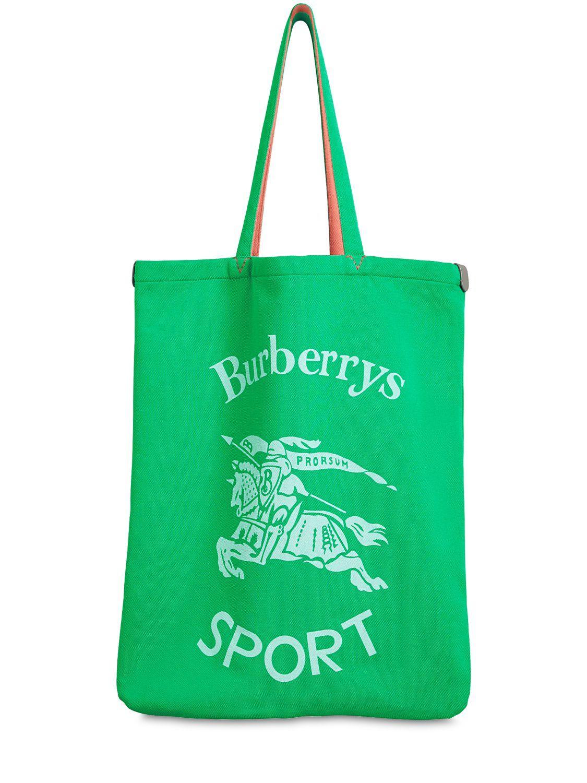 c0d6871a37c5 BURBERRY RUNWAY FW18 SPORT PRINT CANVAS TOTE BAG.  burberry  bags  hand bags   canvas  tote  lining