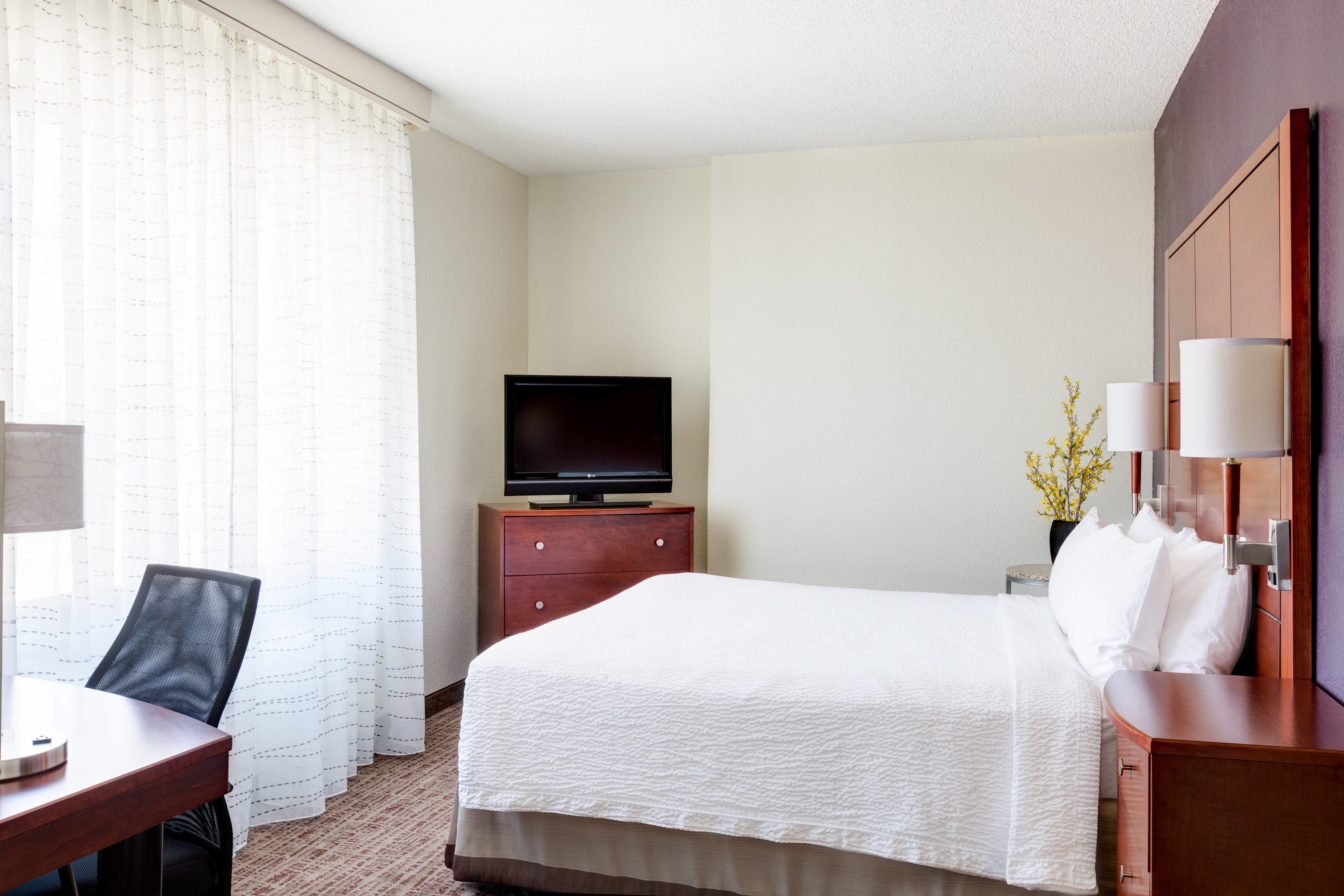 Residence Inn National Harbor Washington Dc Area Two Bedroom Suite Holiday Travel Guestroom Two Bedroom Suites Maryland Hotels Residences
