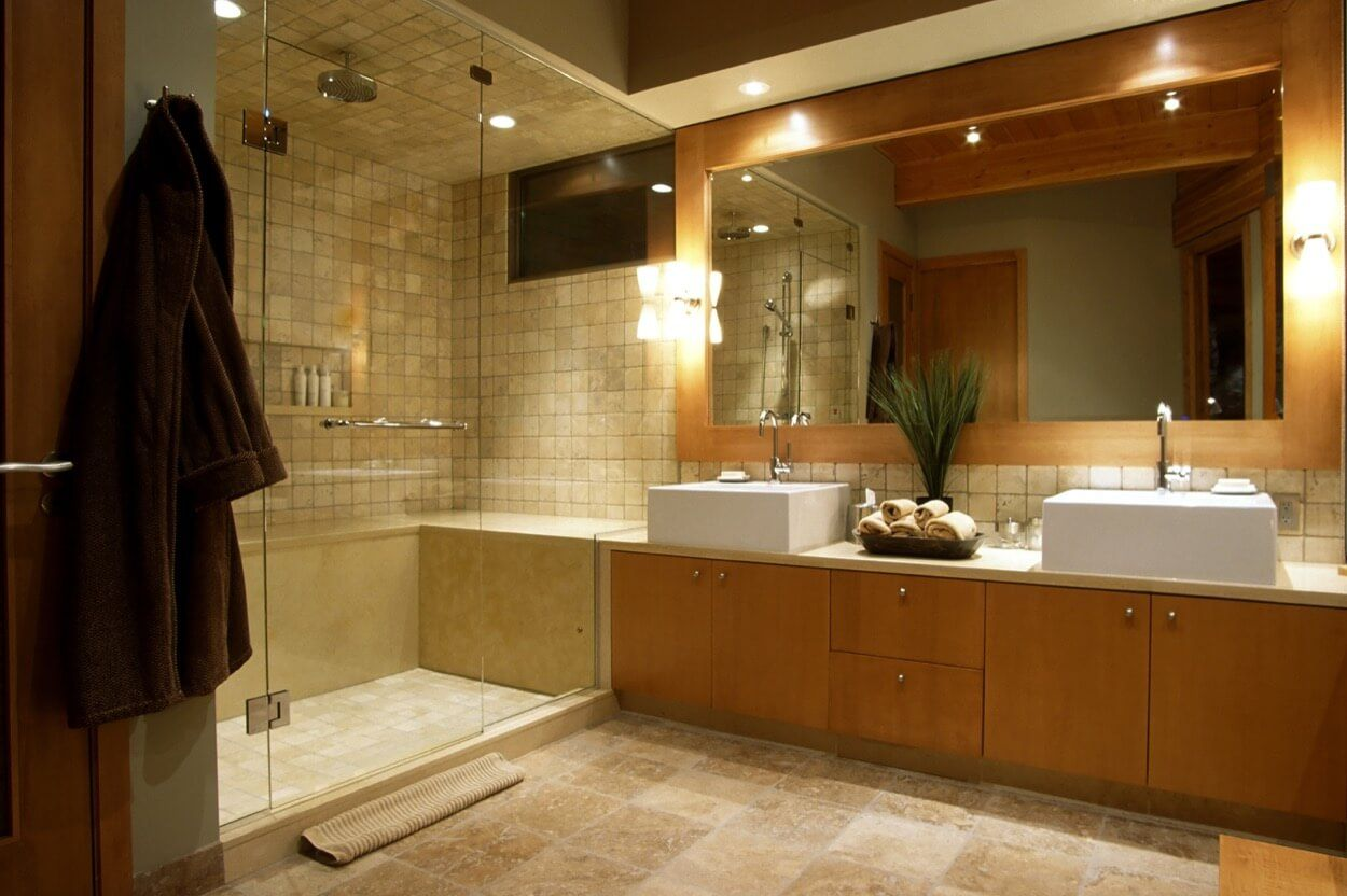 Large Glass Shower With Seating And Recessed Shelving | Bathroom ...