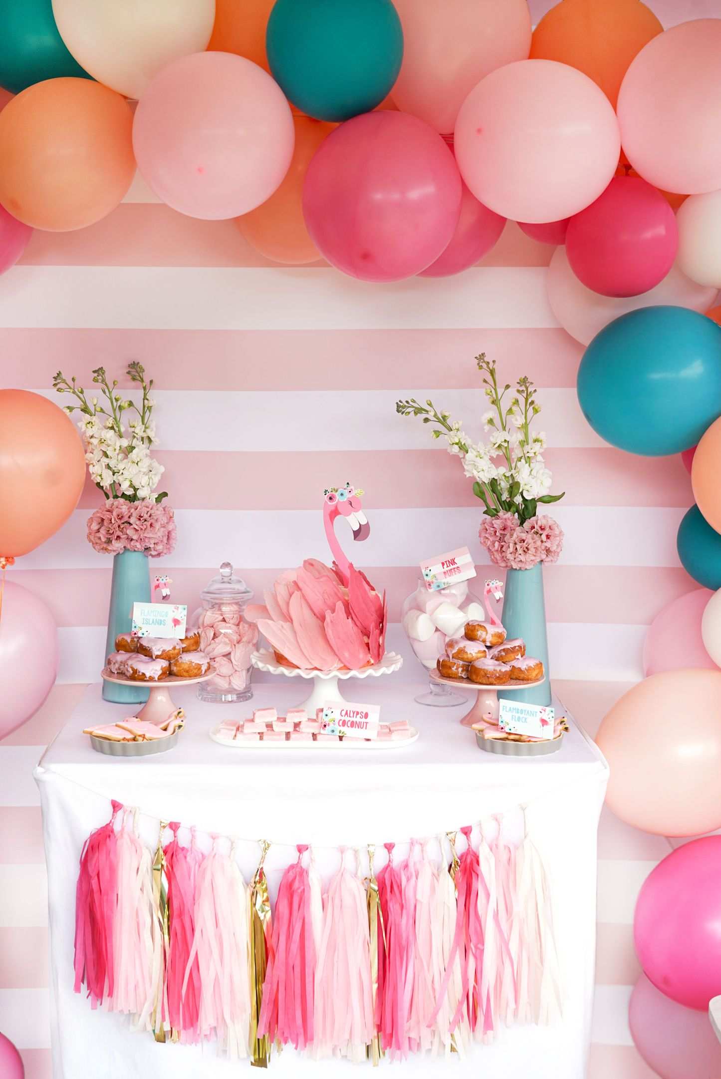 Super special pink flamingo Flamingle party