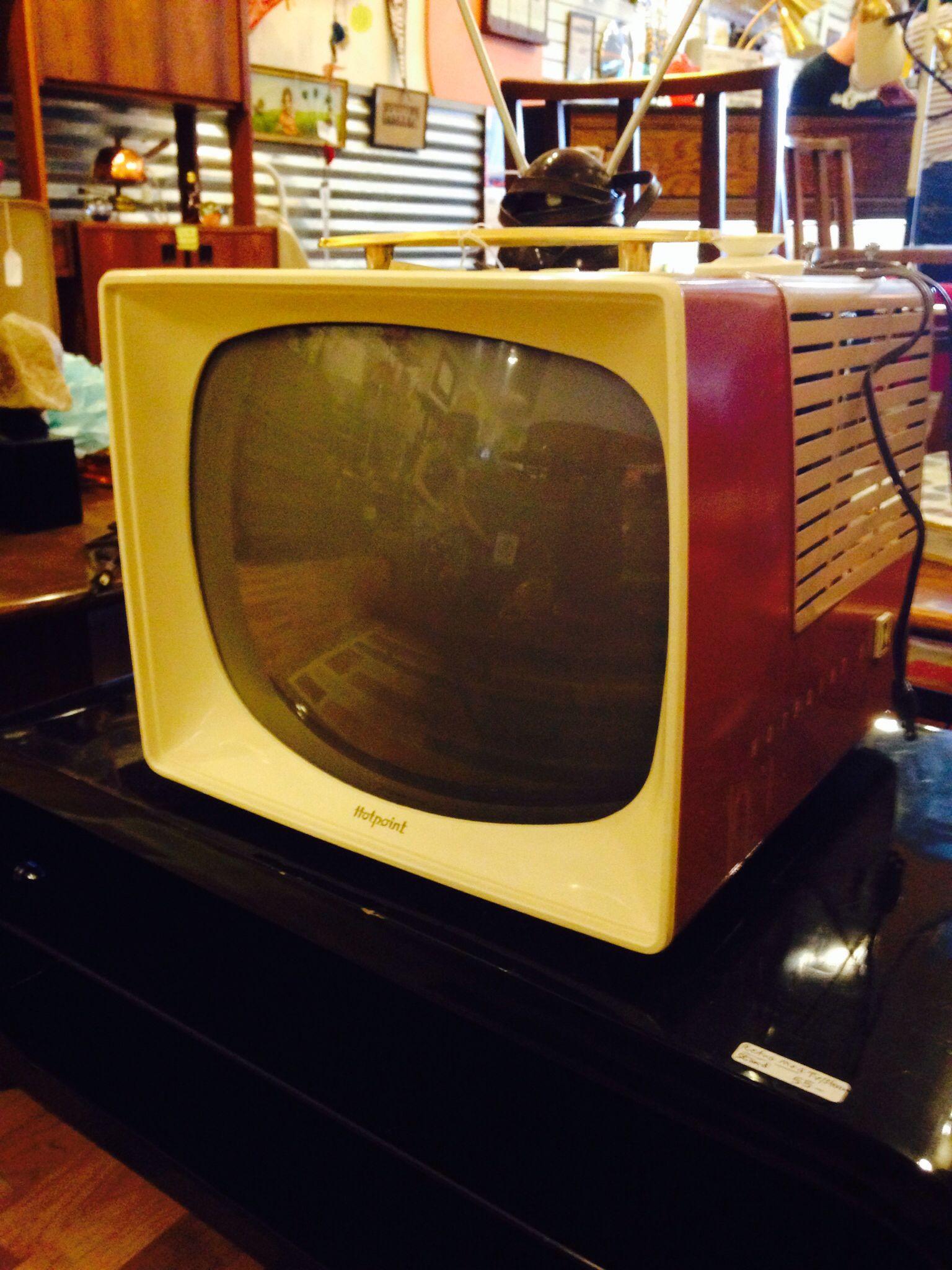 Cool Vintage TV / Television Set ! Download the App