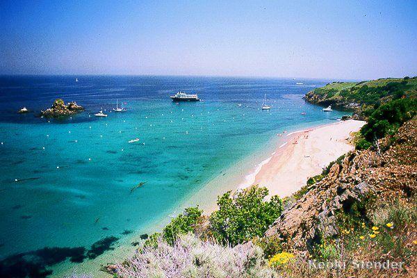 Emerald bay catalina island favorite parts of life for Catalina bay