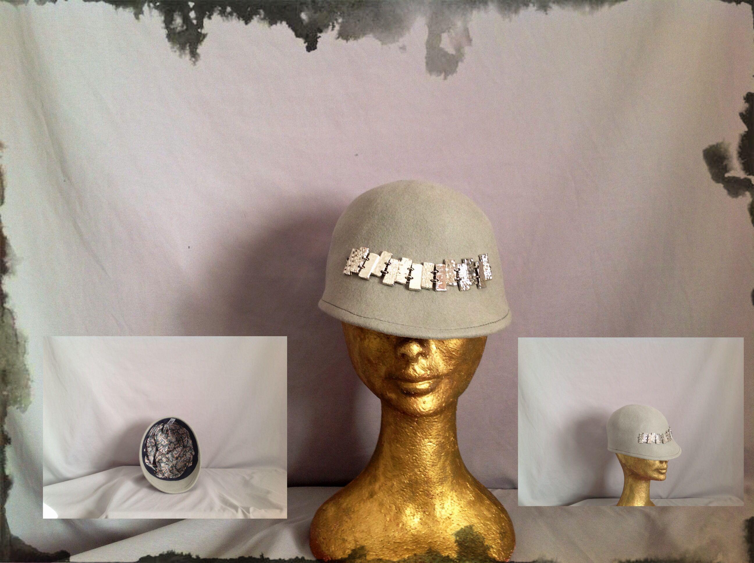 Berret hat- felt. Cappello del Bagatto.