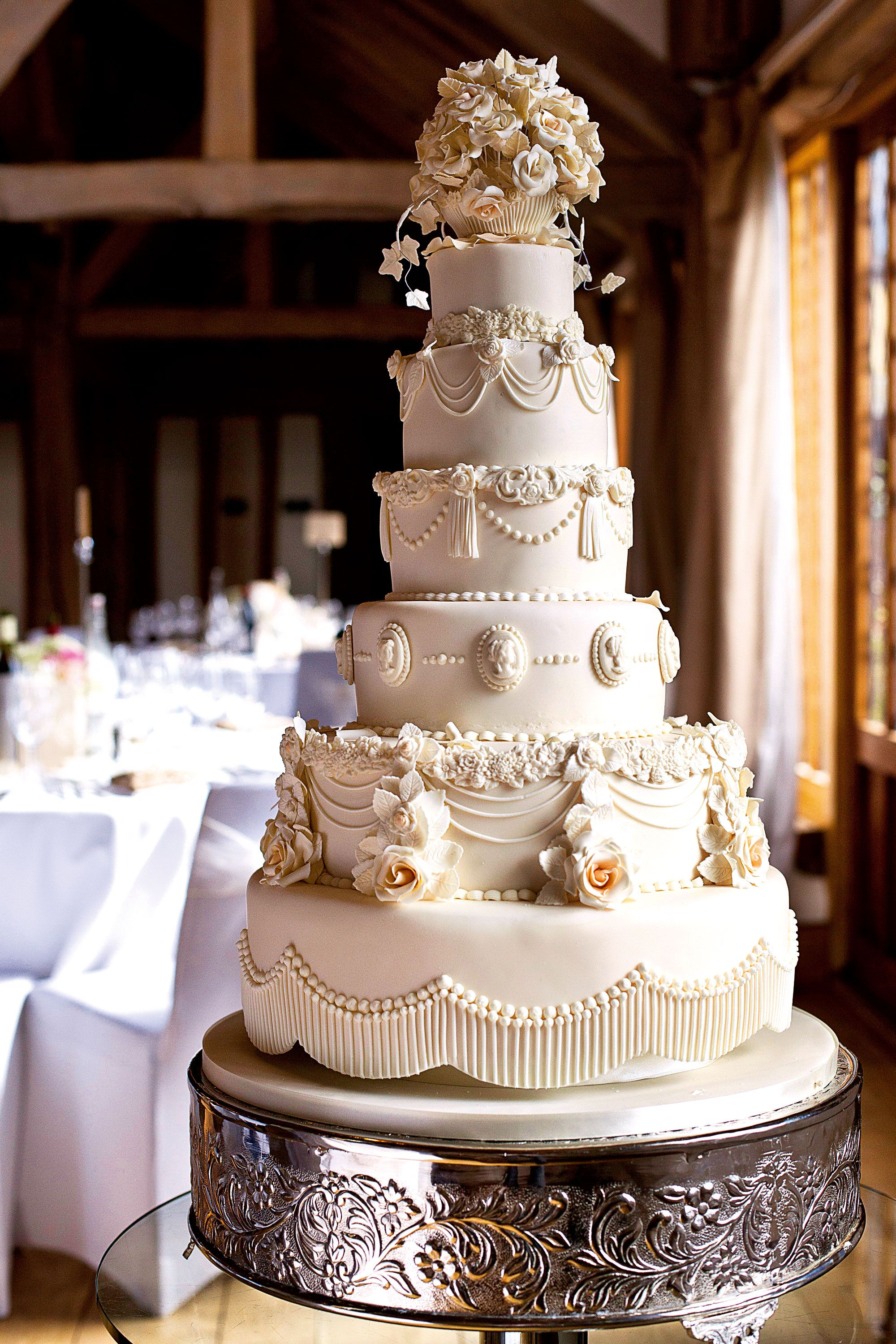 Victorian cake, Hall of Cakes, price on request