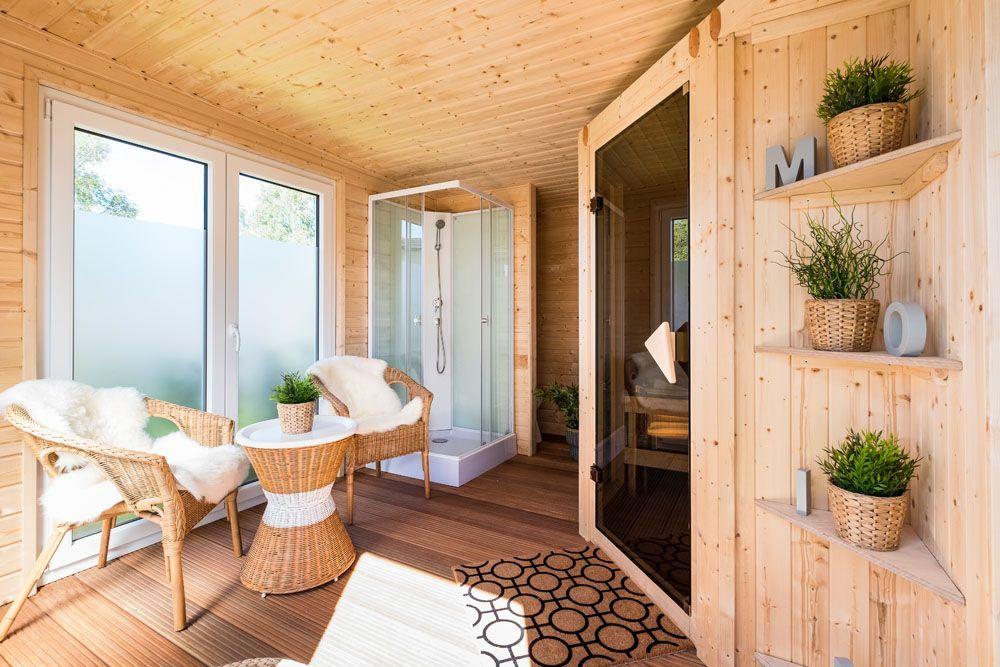Wellnessbereich Mit Sauna Dusche Und Aufenthaltsbereich Im Architektenhaus Hausbau Neubau Wellness Wellnessbereich Sauna Room Home Spa Room Hot Tub Room