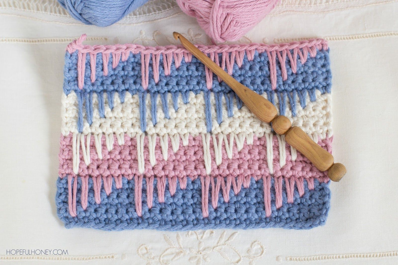 How To: Crochet The Spike Stitch - Easy Tutorial   Cómo tejer ...