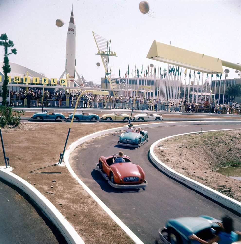 Amazing And Rare Color Photographs Of Disneyland In - 18 amazing rare colour photos disneyland 1955