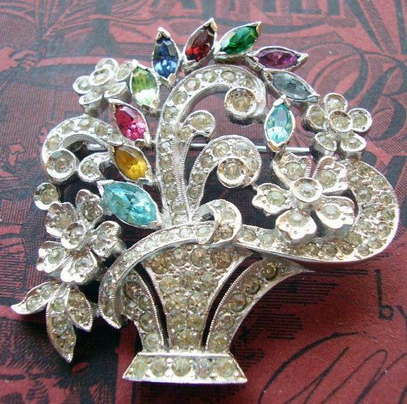 Stunning Pave Rhinestone Flower Basket Brooch Bouquet Pin Pendant Rhodium Plated 1930 Flowers