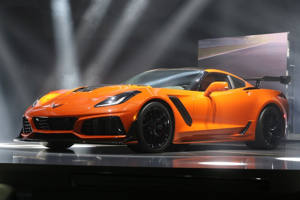 2019 Chevrolet Corvette ZR1 Live Pictures in 2020 (With